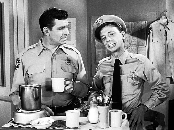 ANDY-GRIFFITH-BARNEY-FIFE_in_Barns_ROOM.jpg